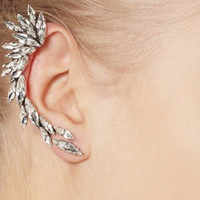 1pcs Right Ear Clip Fashion Rhinestone Hot Earcuff Jewelry Meniscus Silver Plated Clip On Earrings Ear Cuffs For Women And Girls