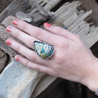 FlOweR pOwEr ring in eco silver with amazing by esmeraldadesigns