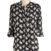 ModCloth Mid-length 3 Dried Flower Decorator Top