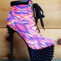 Red Kiss Lamb Pink Tribal Pattern Black Spiked Platform Heel Ankle Boot Size 6
