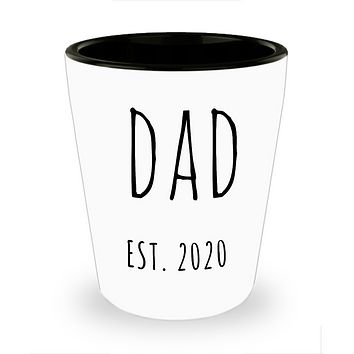 New Dad Est 2020 Shot Glass Expecting Dad Baby Shower Gifts for New Parents Father's Day