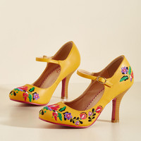 Sass With Flying Colors Heel in Mango | Mod Retro Vintage Heels | ModCloth.com
