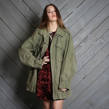 1960s Military FIELD COAT / Oversized Army Green Parka Jacket, s-m