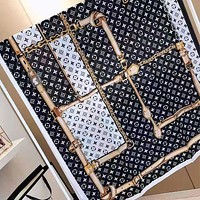 LV Louis Vuitton Stylish Women Sunscreen Cape Scarves Silk Scarf Accessories