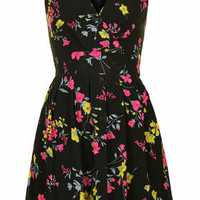 **Printed Cross Bust Dress by Wal G - Dresses - Clothing