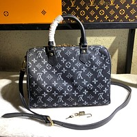LV Louis Vuitton MONOGRAM CANVAS SPEEDY 30 HANDBAG INCLINED SHOULDER BAG