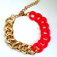 FREE SHIPPING--Hot Pink and Gold Chain Bracelet--Gold bangle--Summer, spring, pink chain bracelet, chain bracelet, silver bracelet