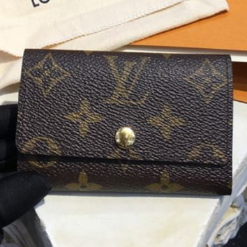 Louis Vuitton presbyopia six key bag F