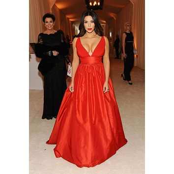 Kim Kardashian Red Plunging Prom Dress Low Cut Ball Gown Celebrity Dress Vanity Fair Oscar Party 2014