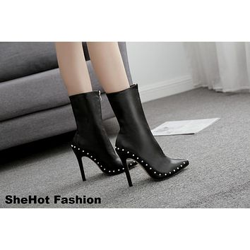 Women Casual Pointed Toe Rivets Front Zipper Ankle Boots