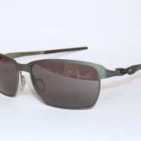 OAKLEY TINFOIL COVERT - CARBON - PRIZM DAILY POLARIZED SUNGLASSES OO4083-09