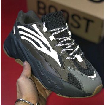 Adidas Yeezy Boost 700 Grinded leather weaving stitching shoes-2