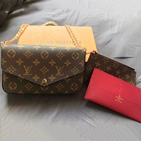 LV Tide brand classic old flower female models single shoulder diagonal chain envelope handbags