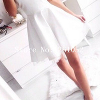 Elegant White Sweetheart Strapless Mini Chiffon Homecoming Dress With Tulle Overlay