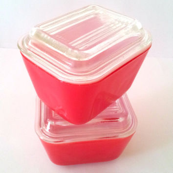 Vintage Set of 2 Pyrex Primary Red Small Refigerator Box Dishes
