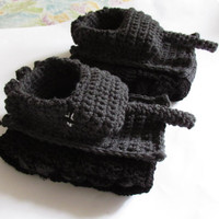 Crochet tank slippers panzer tank shoes tiger 1 tank slippers crochet accessories tank armored truck shoes