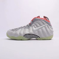 Nike Air Foamposite Pro QS Gray Sneakers