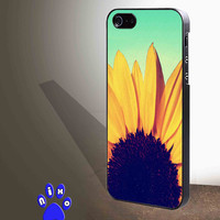 Sunflower Cute Flower Tumblr Inspired Blue Ombre  for iphone 4/4s/5/5s/5c/6/6+, Samsung S3/S4/S5/S6, iPad 2/3/4/Air/Mini, iPod 4/5, Samsung Note 3/4 Case * NP*