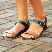 Practically Perfect Sandals: Black/Cognac