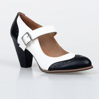 White & Black Mandy Wingtip Mary Jane Pumps