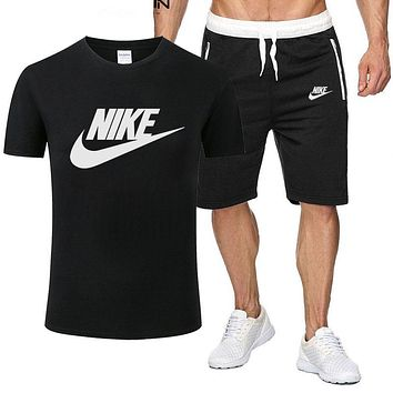 Nike men's and women's simple and versatile printed letter T-shirt top + shorts two-piece set