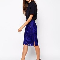 Reiss   Reiss Pencil Skirt in Lace at ASOS