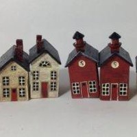 Set of 8 Napkin Rings Wooden Colonial Style Houses