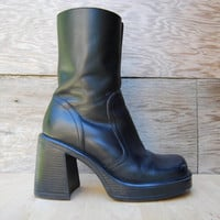 90's Black Leather Chunky Heel Ankle Boots by Steve Madden - US 7.5 - 8 EUR 38/39
