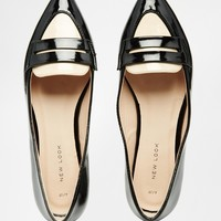 New Look Contrast Pointed Loafer