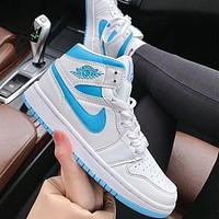 Nike Air Jordan Mid AJ1 Cushioning and wear-resistant basketball shoes