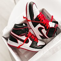 NIKE Air Jordan 1 AJ1 High top basketball shoes