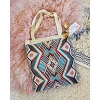 Sweater Knit Tote in Wyoming