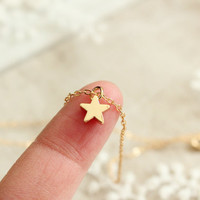 tiny  gold  star necklace -24k gold plated -dinty minimalist necklace for everyday-matt sliver star necklace