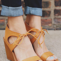 American Retro Wedge Sandal