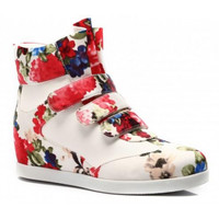 Sneakers With Beutiful Floral Print
