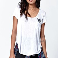 LA Hearts Pug Round Hem Pocket T-Shirt - Womens Tee - White