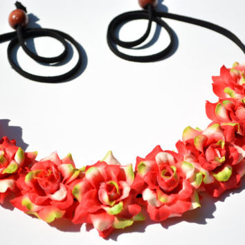 Red and Green Flower Crown Holiday Flower Headband Christmas Halo Red and Green Headpiece Hippie Halo Floral Crown Festive Seasonal Crown