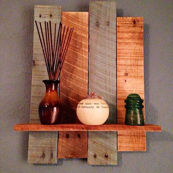 Rustic pallet wall shelf,wall shelf,rustic shelf,deocrative shelf,candle wall shelf,picture shelf
