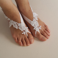 bridal accessories, white lace,   wedding sandals,  shoes,   free shipping!   Anklet,   bridal sandals,  bridesmaids,  wedding  gifts.......