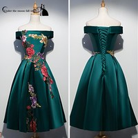 2017 New Style Strapless Appliques Short Sleeves Satin Cheap Homecoming Dresses Cocktail Dresses Vestidos De Coctel Custom China