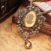 Vintage Retro Style Gem Pendant Chain Necklace , Crystal Diamond Studded Metal Personalized Necklace , Jewelry Necklace Chain