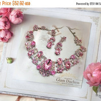 Wedding jewelry set, Bridal bib necklace and earrings, vintage inspired pink crystal pearl necklace statement, crystal jewelry set