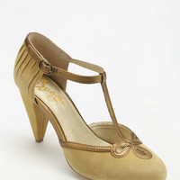 Seychelles All Dressed Up T-Strap Heel - Urban Outfitters