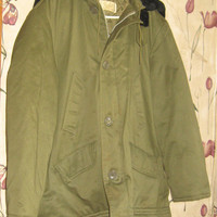 1950s  military style green  black faux fur hooded parka coat by Parka  sz large