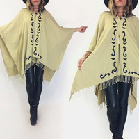 Vintage 1970's SOUTHWESTERN Leather Detailed Cream Oatmeal & Black Poncho Boho Hippie Festival Cape   One Site Fits All   Small Medium Large