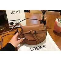 Loewe 2018 autumn and winter new single shoulder slung mini bag wild saddle bag Brown