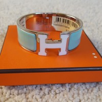 NWT Authentic HERMES Clic Clac H Bracelet in Lagon, White Lacquer H, PHW - sz PM