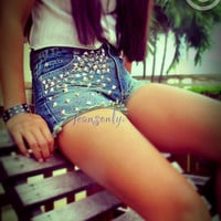 Vintage high waisted studded denim shorts by Jeansonly