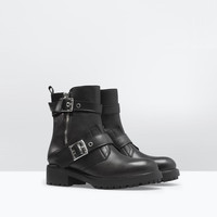 Buckled leather biker boot