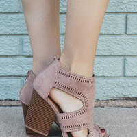 Strut Your Stuff Heel - Taupe